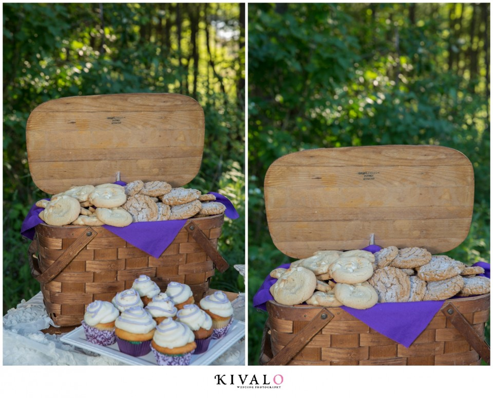 dessert table with cookies