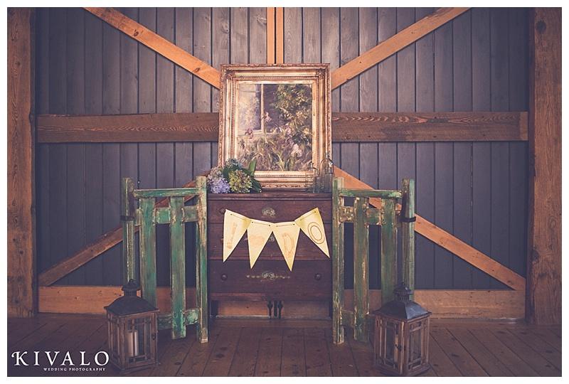 barn at flanagan farm wedding