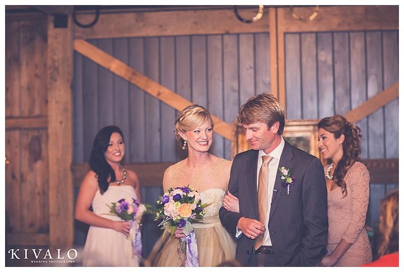 barn at flanagan farm wedding photographer