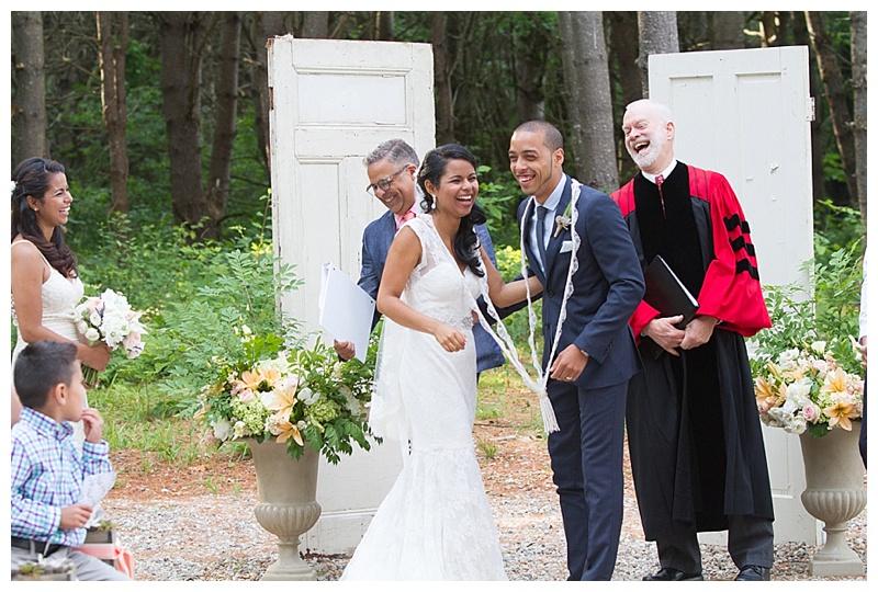 Maine-Barn-Wedding-Photographer