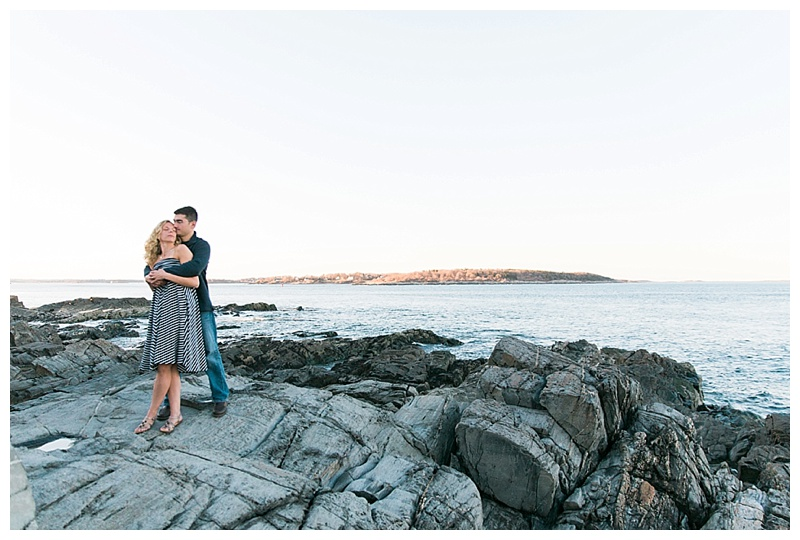 engagement session fort Williams state park