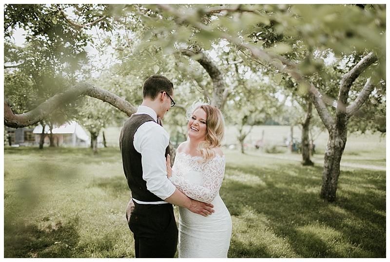 romantic-barn-wedding-maine_0009