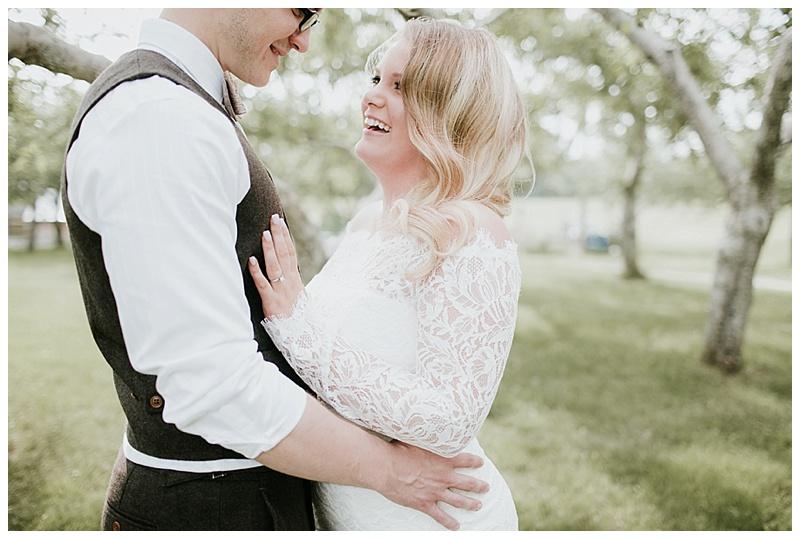 romantic-barn-wedding-maine_0011
