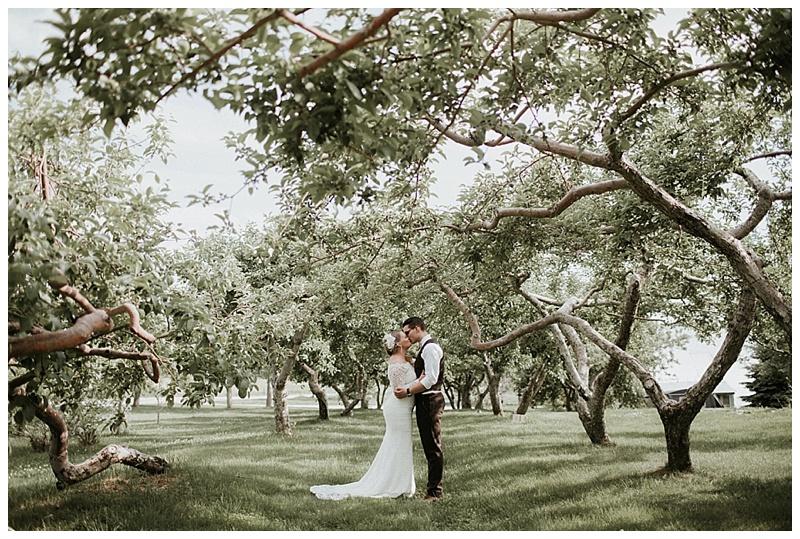 romantic-barn-wedding-maine_0013