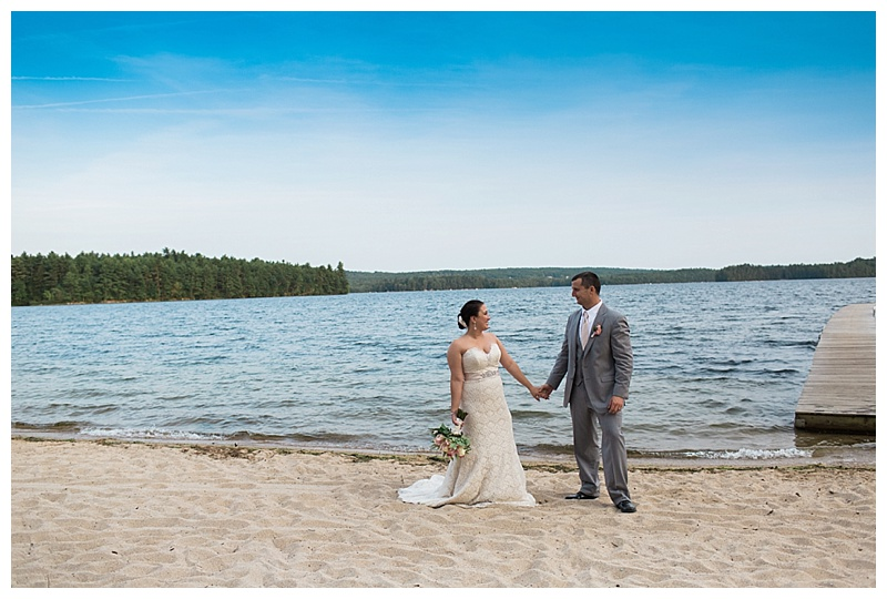kingsley-pines-camp-wedding-maine-lakeside-wedding_0011