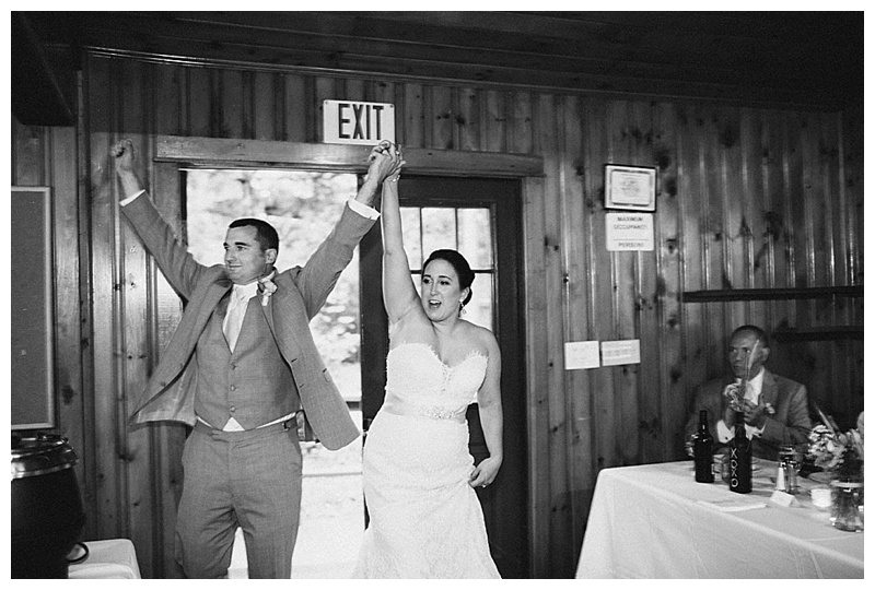 kingsley-pines-camp-wedding-maine-lakeside-wedding_0014