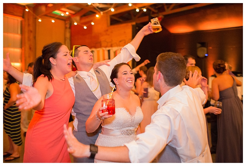 kingsley-pines-camp-wedding-maine-lakeside-wedding_0016
