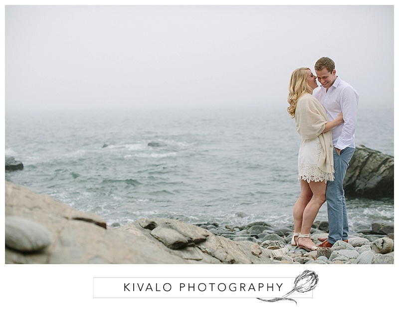 portland-head-light-maine-engagement-photos_0017