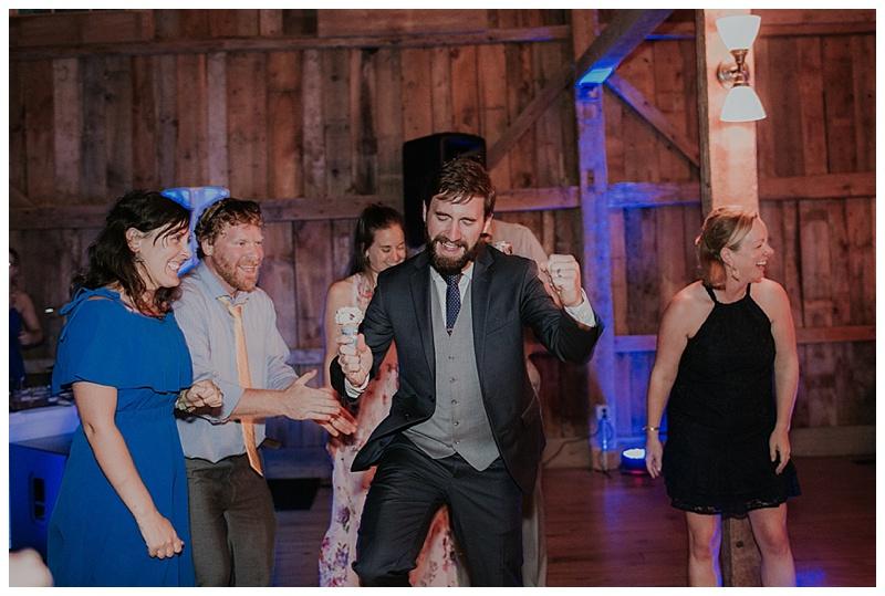 barn-at-flanagan-farm-wedding_0075