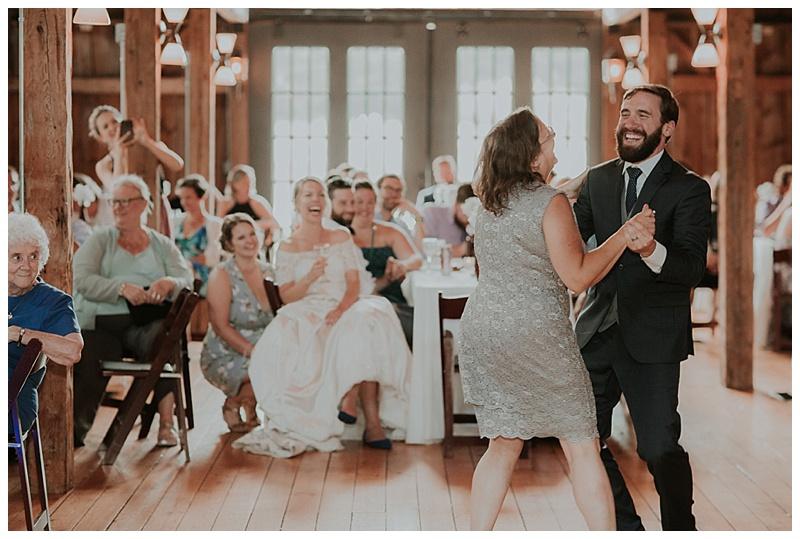 barn-at-flanagan-farm-wedding_0097